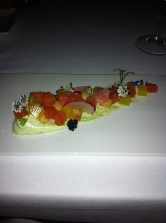 Muse Restaurant: salmon tartare
