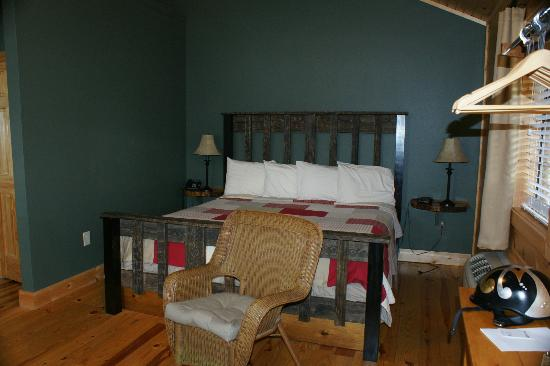 The Lodge At Tellico: Room