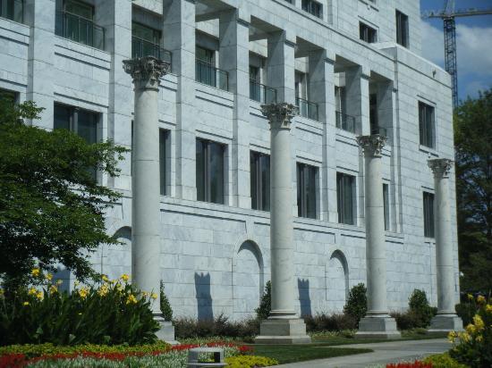 Federal Reserve Bank of Atlanta: Outside