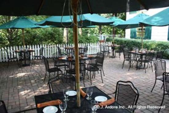 The Olde Mill Inn: Grain House Outdoor Dining