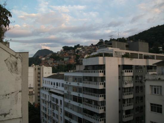 Hotel Novotel Rio de Janeiro Copacabana: vista triste do apartamento Golden Tulip Continental