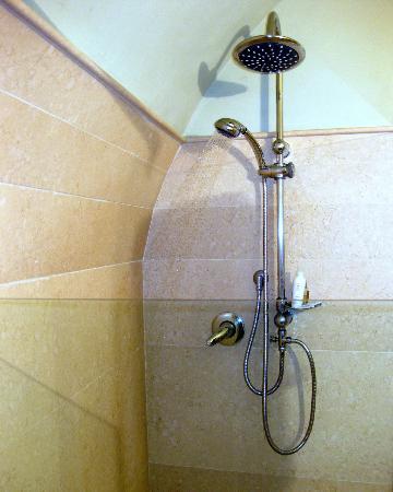 B&B and Apartments CasaVeraOrvieto: Shower