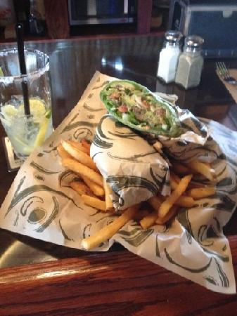Bennett's Fish Shack: fish taco and margarita