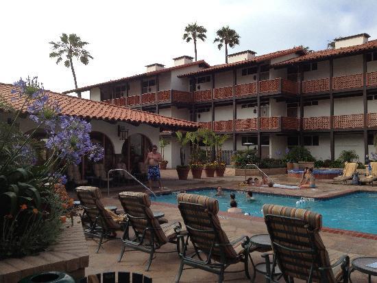 La Jolla Shores Hotel: ホテル内のプール