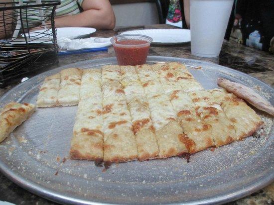 Vito's Pizza & Indoor Patio: Breadsticks
