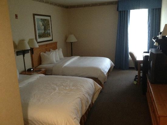 Country Inn & Suites By Carlson, Eagan : 2 Queen Room