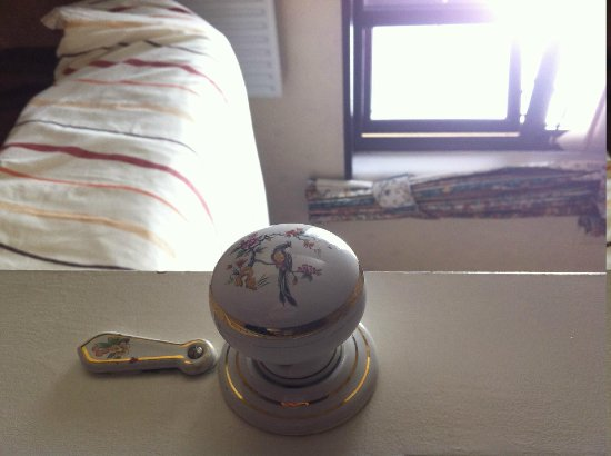Mountview Bed and Breakfast: I like the door knob