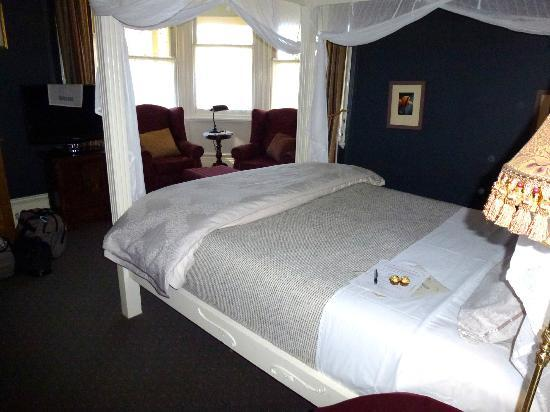 Broomelea Bed & Breakfast: Garden view room