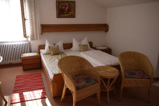 Gästehaus Richter: double-bed room