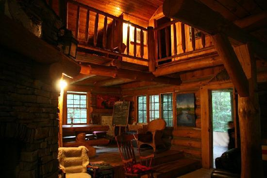 Algonquin Cottage Outpost And The Log Cabin