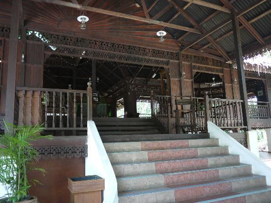 Kampung Tok Senik Resort Langkawi : Reception entrance