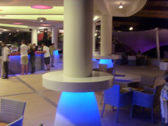 Club Med Bodrum Palmiye : bar de nuit