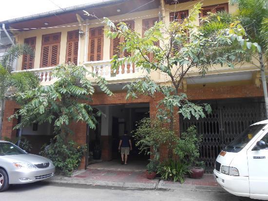 Kambuja Inn: Facciata / facade