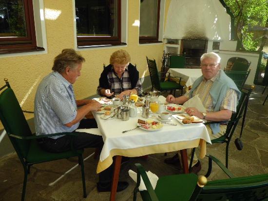 Seehotel Restaurant Lackner: zusammen mit Freunden