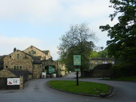 Premier Inn Huddersfield North Hotel: The Old Mill