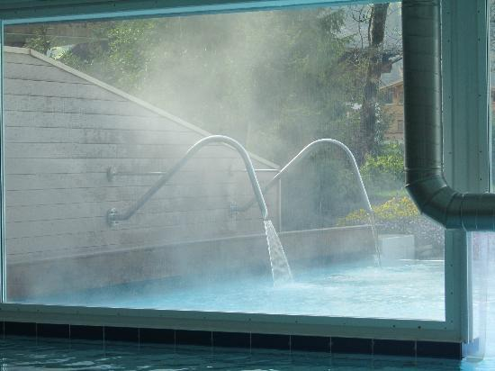 Wellness & Spa Hotel Ermitage: whirlpool