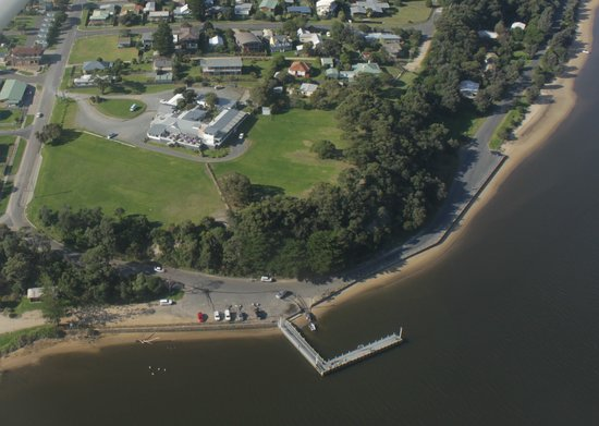 Marlo, Australia: View of the boat ramp and Jetty, great place for fishing