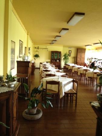 Castagnito, Italia: sala interna