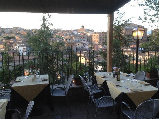La Vista + bella di Perugia, Le terrazze dell\'Argentina Ristorante ...