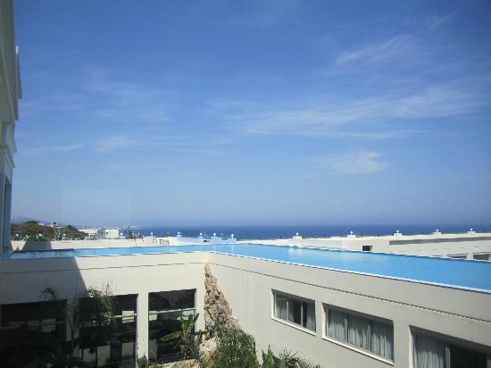 Atrium Platinum Hotel: .