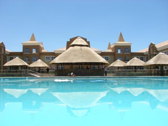 Palapye, Botswana: Lovely Pool area with Lapa and Boma