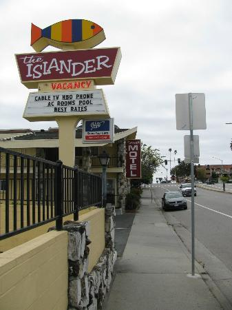 The Islander Motel: street side close to the road
