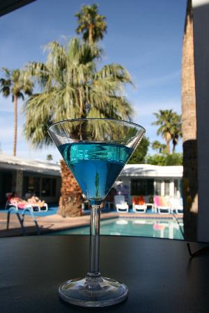 Palm Springs Rendezvous: Happy Hour