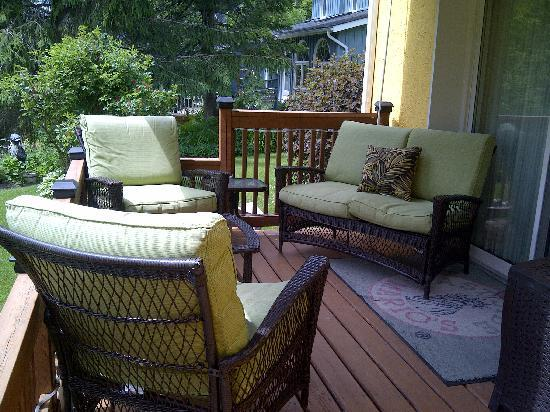 SunRise Bed & Breakfast : Guests Private Deck