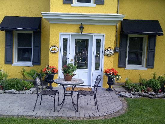 SunRise Bed & Breakfast : Guests Private Entrance