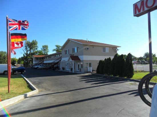 Balanced Rock Inn: easy to access