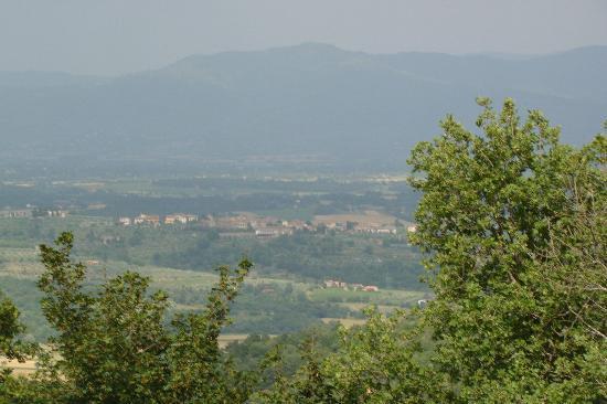 Agriturismo Bevignano : Uitzicht op het dal