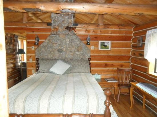 Pole Creek Ranch Bed and Breakfast: bedroom