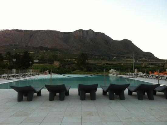 Relais Angimbe: piscina