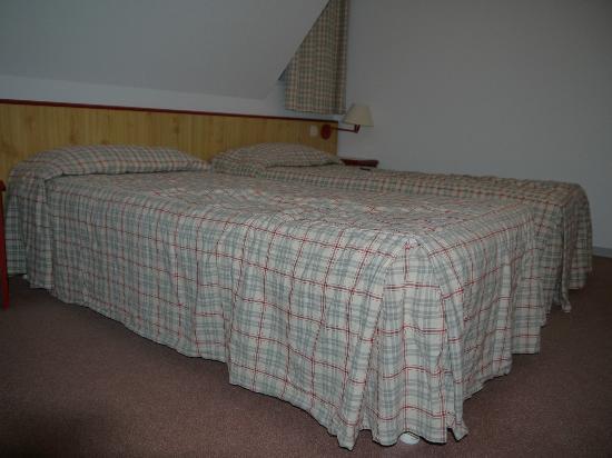 Hotel Les Loges : Chambre située à l'étage