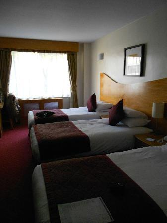 Kensington Court Hotel: Room n8