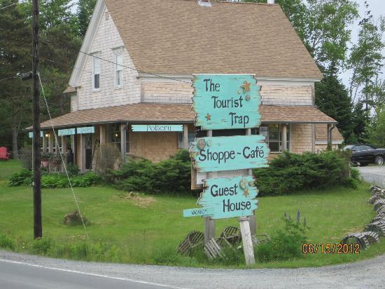 The Tourist Trap Shoppe Cafe Guest House: The Tourist Trap