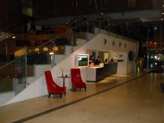 Scandic Stavanger Airport: bar