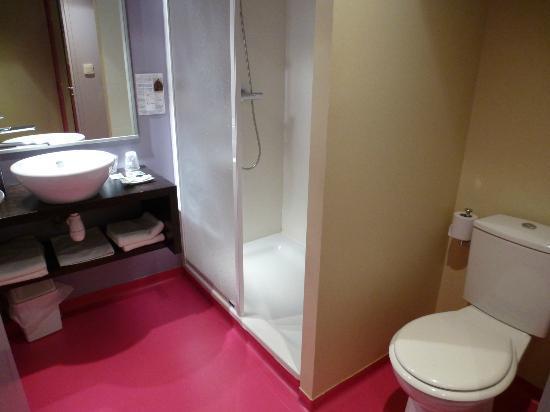 Hôtel Le Ceïtya: douche