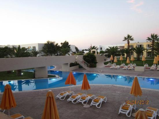 Holiday Village Kos by Atlantica: Relaxing Pool