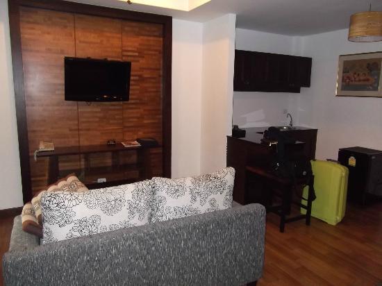 Maryoo Hotel: Living Room