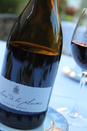 Restaurant Clair de Plume Gastronomique : Une satisfaction: le vin au nom du restaurant