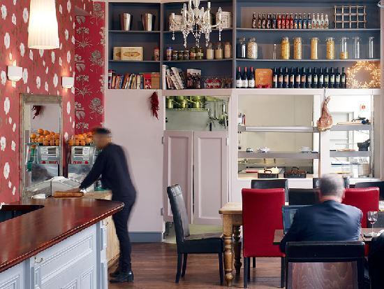 Portobello House: Bar