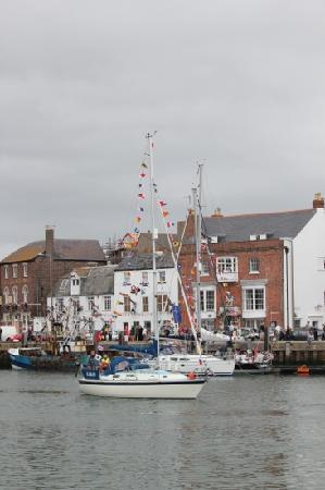 Eastney Hotel: Weymouth Harbour celebrates the Queen's Jubilee