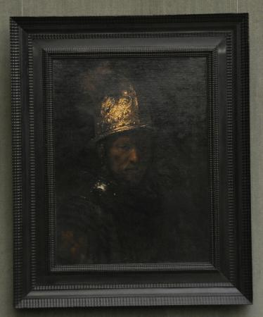 rembrandt umfeld der mann mit dem goldhelm bild von gem ldegalerie berlin tripadvisor. Black Bedroom Furniture Sets. Home Design Ideas