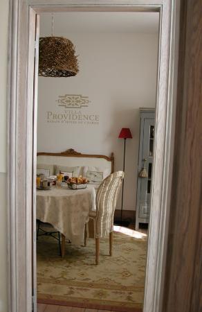 Villa Providence : petit salon chambre N°1
