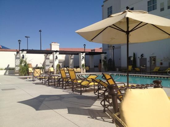 Hilton Garden Inn Las Cruces: pool area