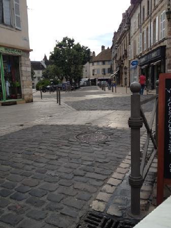 Hotel au Grand Saint Jean: beaune town centr