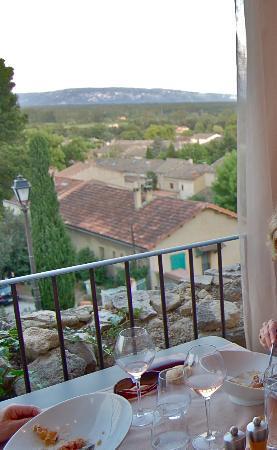 La Maison de Celou : Vue sur le Lubéron et la plaine du Comtat