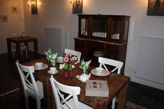 The Townhouse: Breakfast room