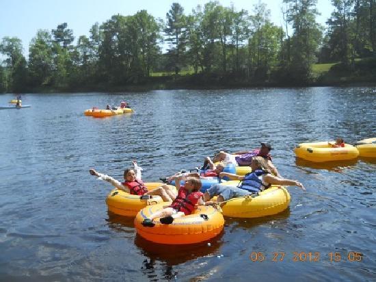 Adirondack Tubing Adventures : Family Fun On The River!